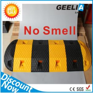 Cheap Price Black &Yellow Rubber Road Safety Speed Hump