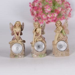 Wholesale Good Quality Resin Pretty Fairy Door Garden Solar Light pictures & photos