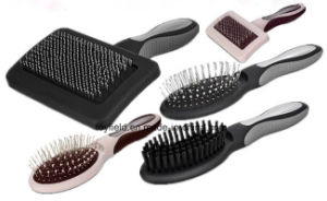 Pet Comb Cat Cleaner Grooming Clipper Trimmer Dog Brush pictures & photos