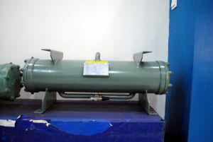 ISO9001 Marine Air Conditioning Customized Shell and Tube Seawater Condenser