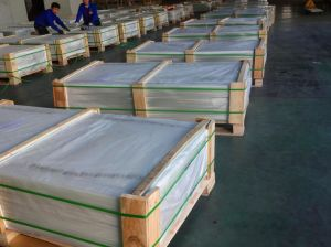 Expert Manufacturer of 3.2mm Low Iron Patterned Tempered Solar Glass