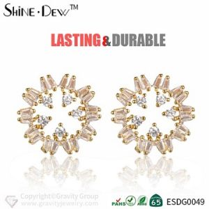 China Custom New Design Zircon Gold Earring Stud With Beautiful