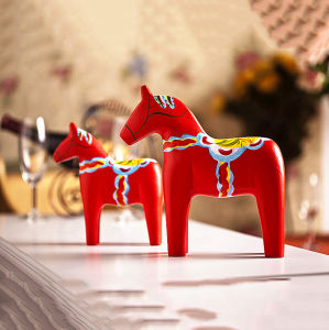 Quality Retro Horse Home Decoration Table Ornament Resin Figurine Statue pictures & photos