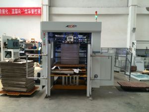 Corrugated Paper Automatic Die Cutting Machine (AEM-1080) pictures & photos