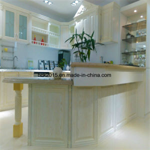 Red Oak Solid Wood with Cassic White Painting Kitchen Cabinet, The Most Popular Models in Europe and Russia