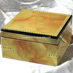 Magnet High Gloss Wooden Box for Gift Packaging (HYW012)