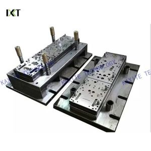 Plastic Injection Mold for Auto Parts with Hot or Cold Runner pictures & photos