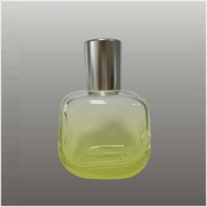 T572 Perfume Bottle pictures & photos