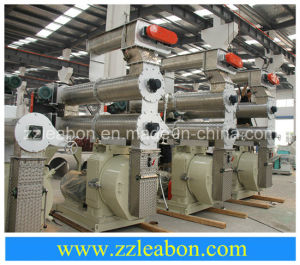 Horizontal Ring Die Pellet Machine for Poultry Feed pictures & photos