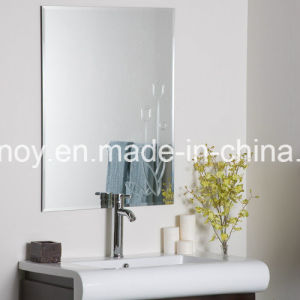 Frameless Silver Mirror Glass with Polished Edge for Bathroom, Wash Basin Mirror with Metal Hangers pictures & photos