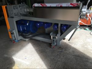 Horizontal Stripping Machine for Cable Extrusion Line pictures & photos