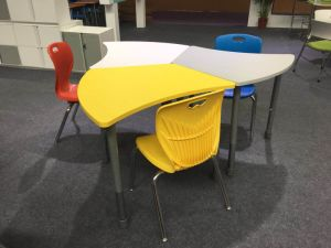 Pleasing Kids Study Table And Chair Set Kindergarten Furniture Study Writing Desk Chair Inzonedesignstudio Interior Chair Design Inzonedesignstudiocom