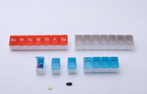 7 Days Pill Case Promotion Weekly Pill Box pictures & photos