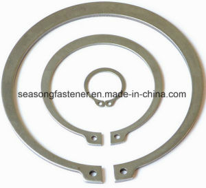 Circlip / Retaining Ring / Snap Ring (DIN471 / DIN472 / DIN6799) pictures & photos