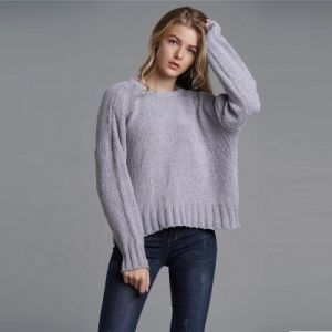 Autumn/Winter Solid Color Bat Sleeve Pullover Sweater Women′s Plus-Size Hollow out Back Sweater