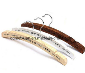 Manufacturer of Spot Antiskid Real Wood Hangers Wholesale Clothing Store Display Clothes Rack to Hang Clothes Tree Wood (M-X3610) pictures & photos