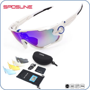 Fashion Black Frame Mirrored Sports Sunglasses Ppolarized pictures & photos