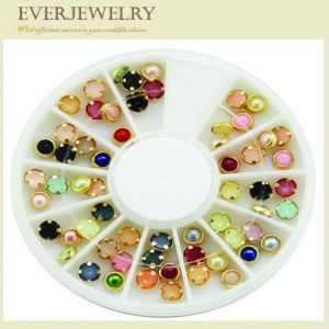 Nail Rhinestone Crystal Glass Nail Stone pictures & photos