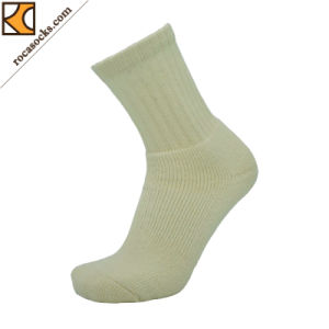 Woollen Undyed Smooth Cushioning Cricket Socks (162018SK) pictures & photos