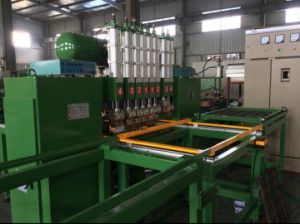 Semi-Auto Wire Mesh Welding Machine pictures & photos