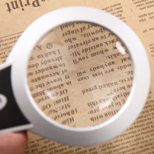 Handheld Magnifier with Ultra Bright LED pictures & photos