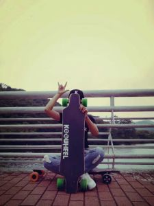 Promotion 4 Wheels Longboard Electric Skateboard with Remote Control pictures & photos
