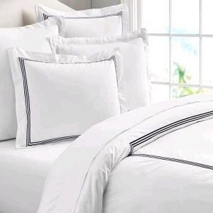 Hotel Style Embroidered Home Bedding Comforter Cover Set (DPF1047) pictures & photos