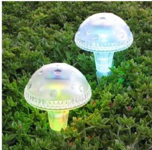 Mushroom Color Changing Solar Light