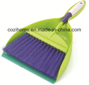 High Quality Plsastic Dustpan with Brush 3413 pictures & photos
