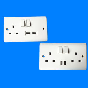 British Standard 13A Wall Switched Socket with USB pictures & photos