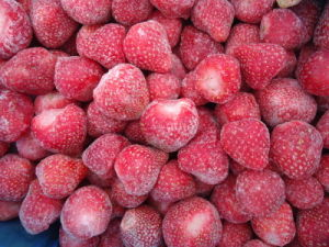 2015 New Crop IQF Frozen Strawberry pictures & photos