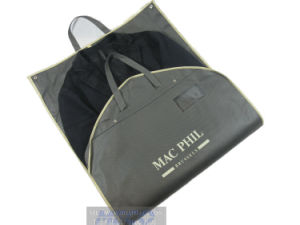 Wholesale Garment Packaging Paper Bags/Suit Cover/Garment Cover pictures & photos