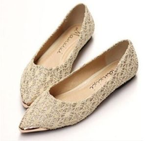 China Wholesale Pointed Shoes Retro