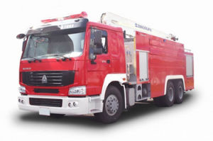 Sinotruck HOWO 8X4 6X4 4X2 Fire Truck pictures & photos
