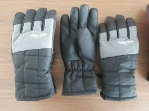Mens Glove Handback with Embossed Pattern