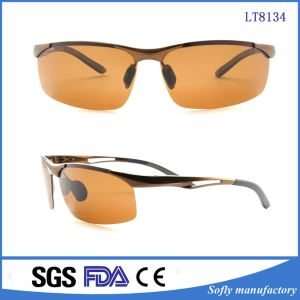 Running Cycling Skiing Snowboaring Unisex Sports Sunglasses with UV Protection pictures & photos