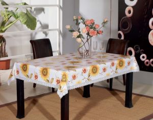 PVC Tablecloth Roll Plastic Printed Disposable Tablecloth with Backing pictures & photos