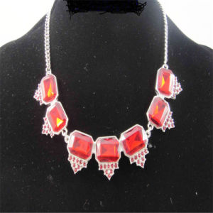 Red Acrylic and Glass Stones Fashion Necklace