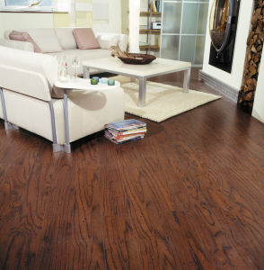 12.3mm German Technology E1 HDF AC3 Laminated Flooring Embossed-in-Register (EIR) pictures & photos