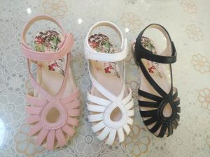 Three Colors Little Girls ′s Sandals