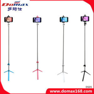 Mini Tripod Selfie Stick of Bluetooth Shutter Remote Control Shooting pictures & photos