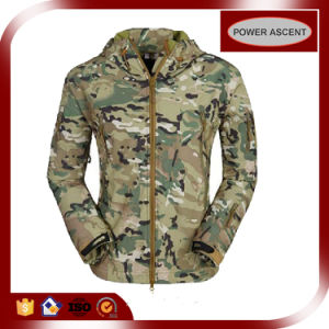 2015 Women Waterproof Breathable Camo Colour Softshell Jacket pictures & photos