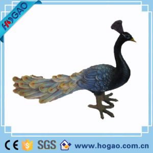 Resin Animal Statue Beautiful Peacock Home Decoration pictures & photos
