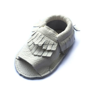 2017 New Design Baby Shoes pictures & photos