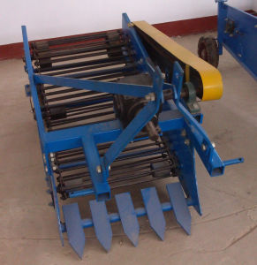 Tractor′s Implements Potato Harvester (4U-60) pictures & photos
