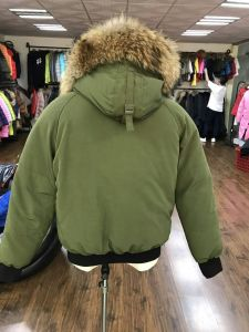 Short Thicken Down Jacket Winter Duck Down Wind Proof Coat pictures & photos