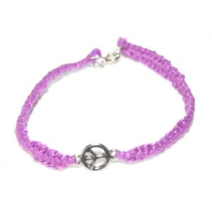 Xg-Be14 Fashion Jewelry Peace Sign Charm Pink Hand Woven Macrame Bracelet (XG-BE14)