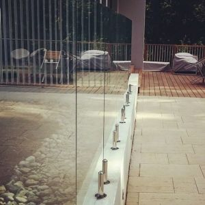 High Quality Stainless Steel Spigot Frameless Glass Railing Pool Fencing Design pictures & photos