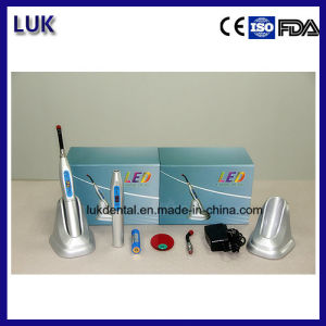 High Quality and Best Price LED Curing Light for Dental Use pictures & photos