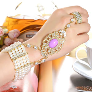 Fashion CZ Rhinestone Gold Plated Zinc Alloy Bangle and Ring Set Bracelet pictures & photos